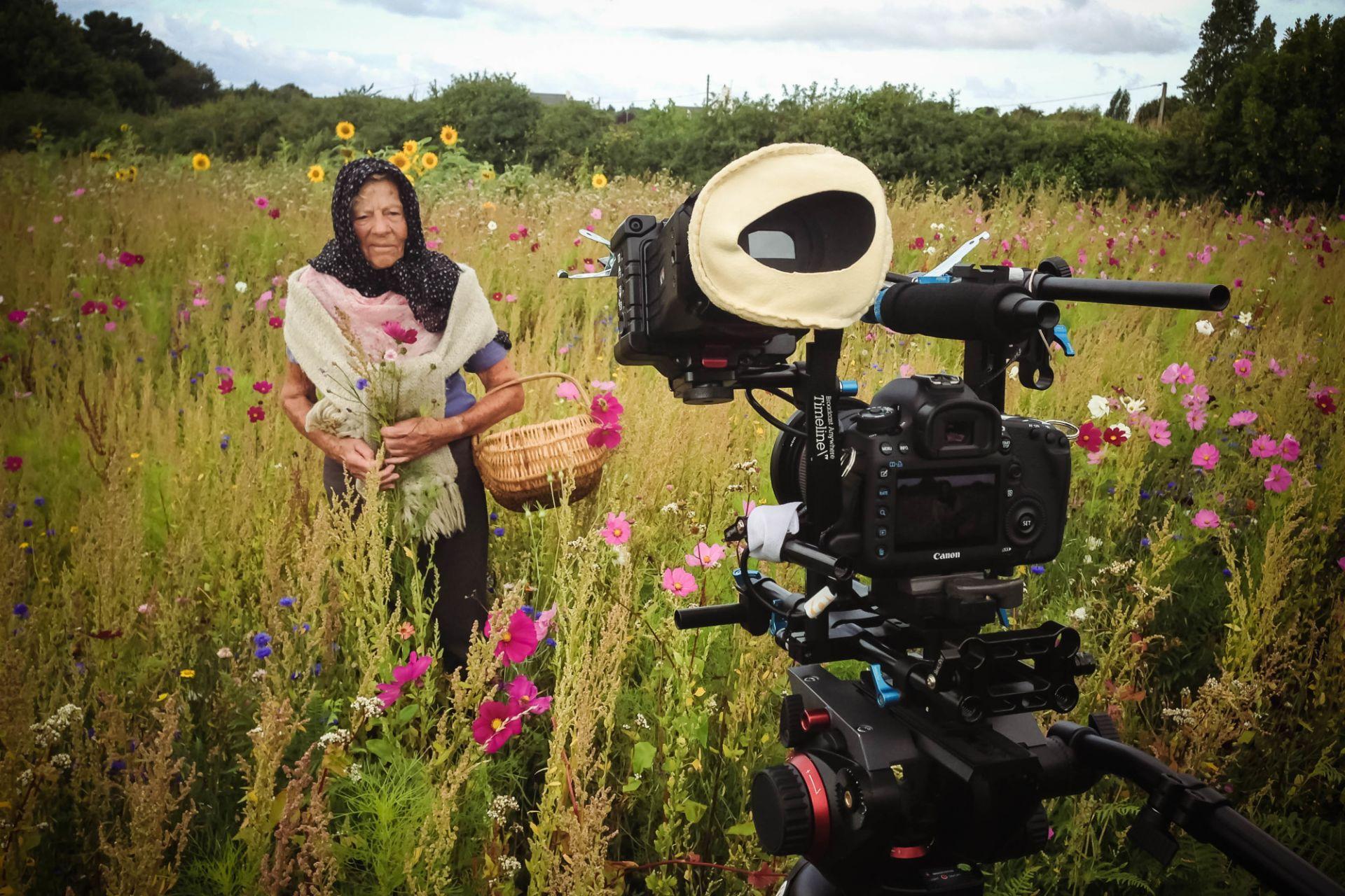 Cameraman Behind Scenes-21