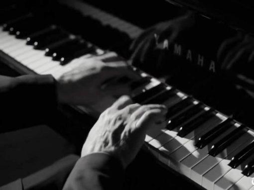Stephen Hough plays Chopin's waltz
